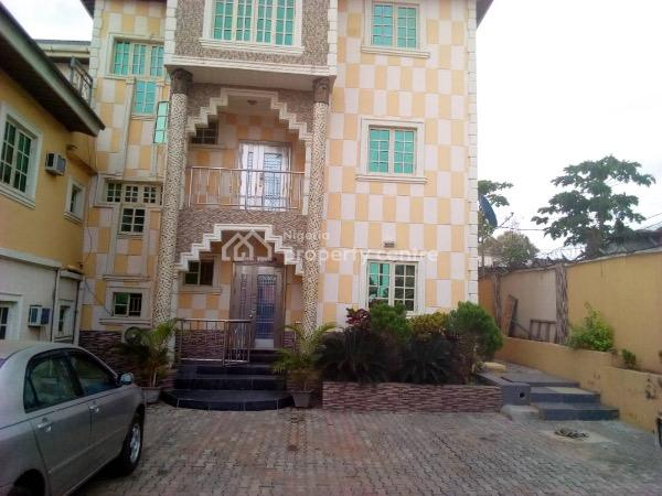 Functioning Hotel, Ring Road, Behind Tantalizer Mobil Area, Ibadan, Oyo, Hotel / Guest House for Sale
