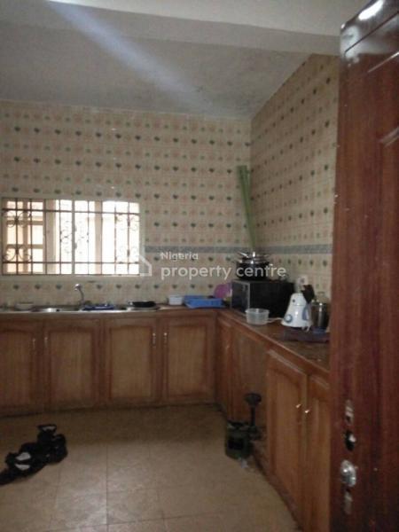 Bungalow with 2 Sitting Room on Big Plot of Land, Peluseriki, Off Akala Express, Oluyole, Oyo, House for Sale