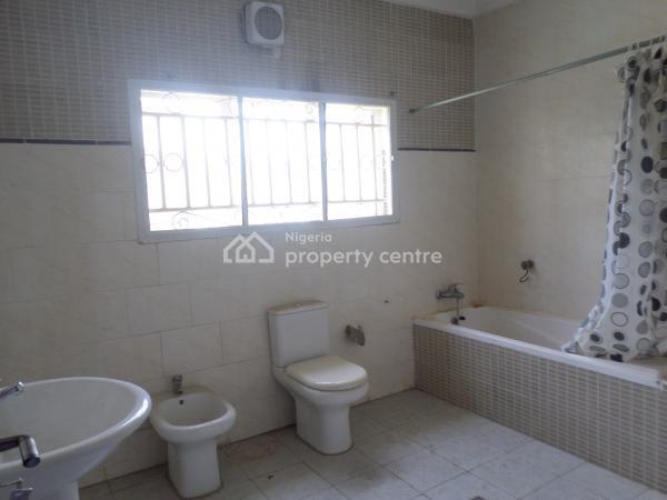 Estate 4 Bedrooms, 2 Sitting Room+ Bq, Wuye, Abuja, Terraced Duplex for Rent