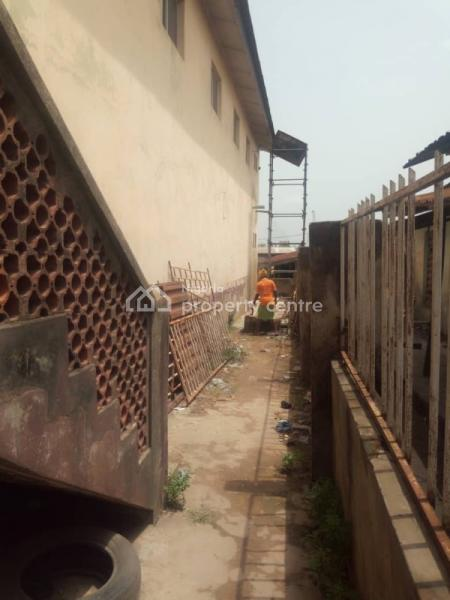 32 Shop Shopping Complex, No2, Olunloyo Street, Along Old Lagos Road, New Garage, Oluyole, Oyo, Plaza / Complex / Mall for Sale