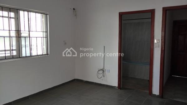 Nicely Built 2 Bedroom Flat, Lekki Phase 1, Lekki, Lagos, Flat for Rent