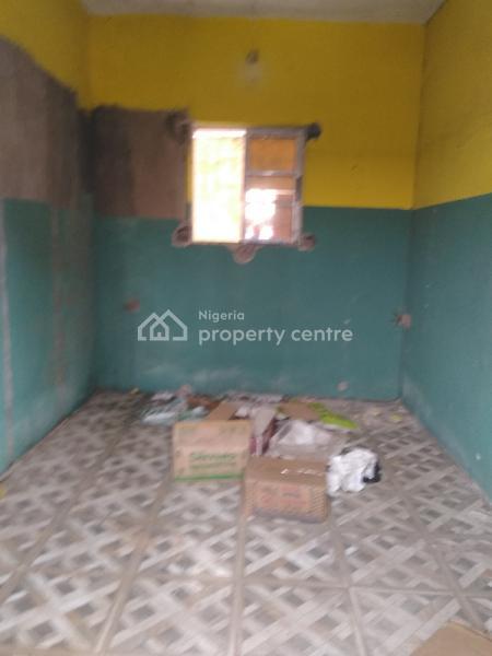 Shop in a Strategic Location, Close to Unilag, Akoka, Yaba, Lagos, Shop for Rent