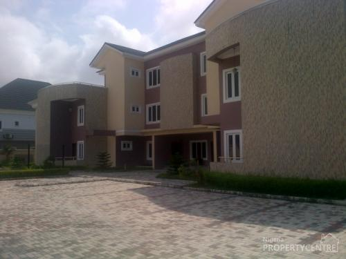 Beautifully Finished 4 Bedroom Terrace House With Boys