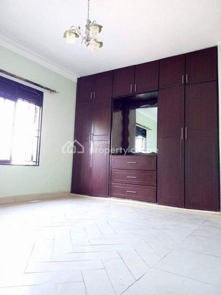 Executive Lovely 4 Bedroom Duplex, Bajulaye, Fola Agoro, Yaba, Lagos, Detached Duplex for Rent