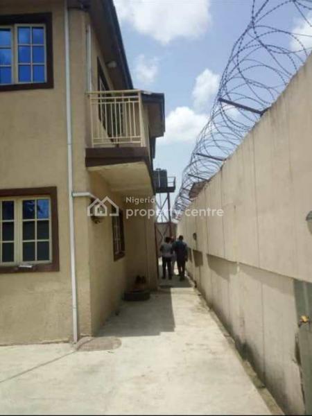 Block of 3 Nos of 3 Bedroom Flat, Alaka Close, Abule Oja, Yaba, Lagos, Mini Flat for Rent