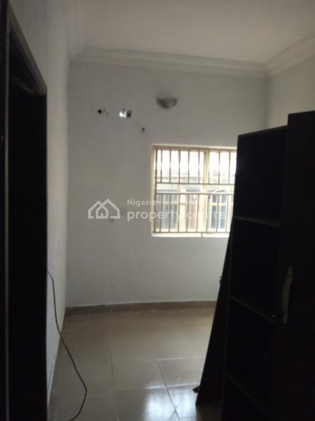 2 Bedroom All En Suite  Magodo Gra 2, Phase 2, Gra, Magodo, Lagos, Flat for Rent