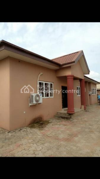 Well Built 4 Bedrooms Detached Bungalow, Oluyole Extension, Elebu, Ibadan, Oyo, Detached Bungalow for Sale