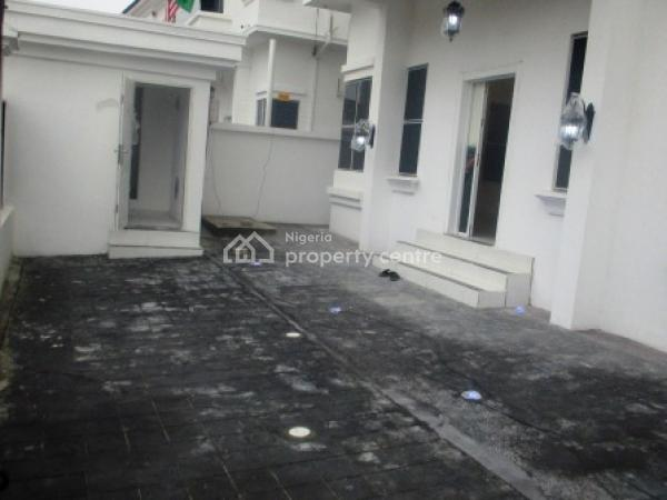 Massively Built 4 Bedroom Detached Duplex with a Room Bq, Circle Mall, Osapa, Lekki, Lagos, Detached Duplex for Sale