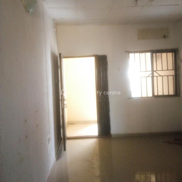 Lovely 2 Bedroom Flat, Gemade Estate, Egbeda, Alimosho, Lagos, Flat for Rent
