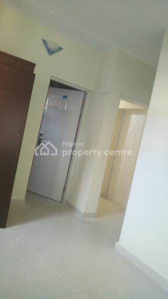 Lovely 3 Bedroom Flat in a Serene & Gated Estate, Onike Estate By Onike-iwaya Road, Onike, Yaba, Lagos, Flat for Rent
