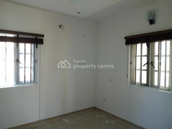 2 Bedroom Apartment in an Estate, Off Agungi Ajiran Road, Agungi, Lekki, Lagos, Flat for Rent