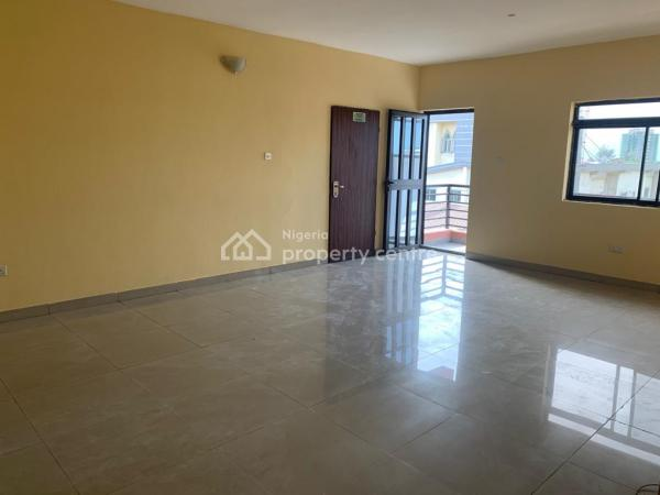 Nice and Well Maintained 3 Bedroom Flat, Lekki Phase 1, Lekki, Lagos, Flat for Rent