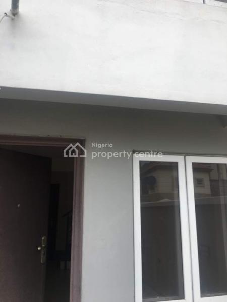 4 Bedrooms House, Osapa, Lekki, Lagos, Terraced Duplex for Sale