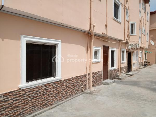 a Nicely Renovated Mini Flat, Osapa Extension, Osapa, Lekki, Lagos, Mini Flat for Rent