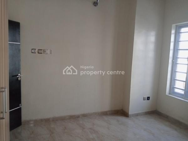 a Spacious Room Self Con with Shared Kitchen, Osapa London, Osapa, Lekki, Lagos, Self Contained (single Rooms) for Rent