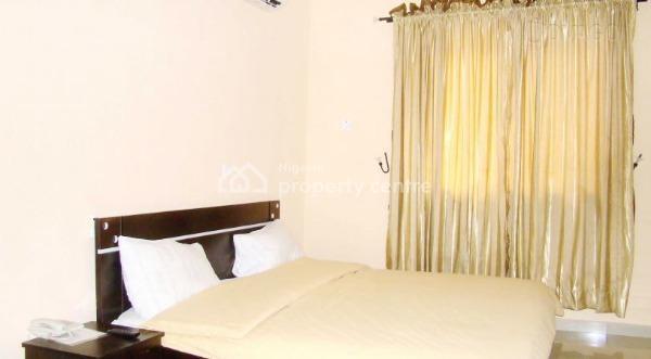 Hotel, Sunsu Area, Beside State Hospital, Ogbomosho South, Oyo, Hotel / Guest House for Sale