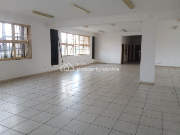 Office Space Measuring 200 Square Meter  to Let / Lease, Avm Complex Lekki Epe Expressway Agungi #6m, Along Lekki Epe Expressway, Agungi, Lekki, Lagos, Office Space for Rent