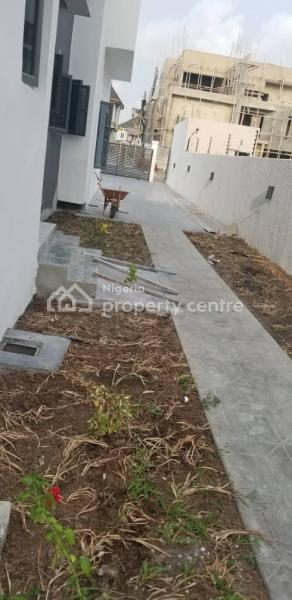 Newly Built 5 Bedrooms Detached Duplex with Bq and Swimming Pool, Pinnock Beach, Osapa, Lekki, Lagos, Detached Duplex for Sale