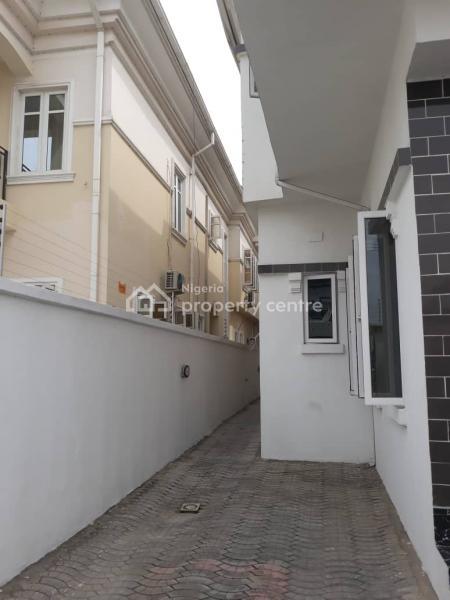 Distress 4 Bedroom with Bq, Ikota Villa Estate, Lekki, Lagos, Semi-detached Duplex for Sale