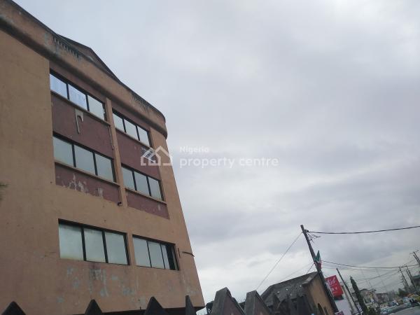 3 Storey Building, Along St Finbarrs Road, Akoka, Yaba, Lagos, Office Space for Rent