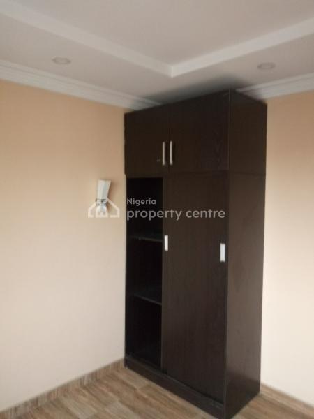 All Rooms En Suit 3 Bedroom Terrace, Off Ogunlana Drive, Ogunlana, Surulere, Lagos, Terraced Duplex for Sale