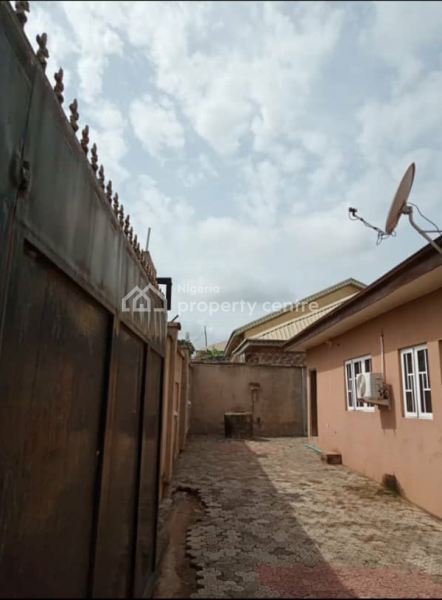 4 Bedroom Detached Bungalow, Elebu Area,  Off Akala Express, Oluyole, Oyo, Detached Bungalow for Sale