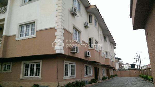Serviced 3bedroom Flat with a Room Boys Quarter in Parkview Estate, Ikoyi. Rent: N5m P.a, Service Charge: N2.5m P.a, Parkview Estate, Parkview, Ikoyi, Lagos, Flat for Rent