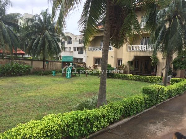a Very Attractive and Serene 8 Bedroom Detached Water Front House, Lekki Phase 1, Lekki, Lagos, Detached Duplex for Sale