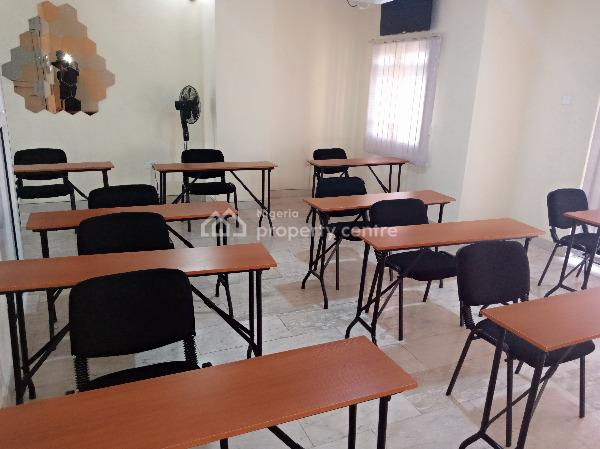 an Expansive, Luxury and Comfortable Room for Seminars, Meetings Etc., No 13, Block 14, Reverend Ogunbiyi Street, Off Oba Akinjobi Road, Ikeja Gra, Ikeja, Lagos, Conference / Meeting / Training Room for Rent