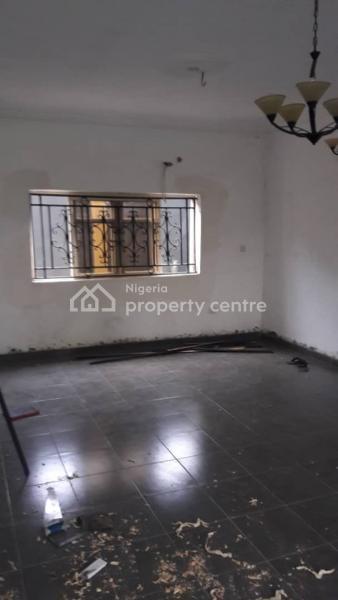 Newly Built 3 Bedrooms Duplex, Ibadan Expressway, Magboro, Ogun, House for Sale
