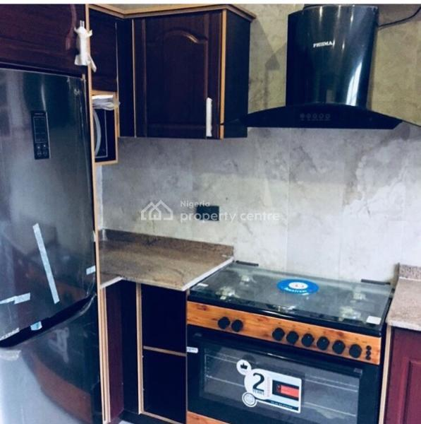 For Rent: 2 Units Of 4 Bedroom Town House, 19b, Macdonald