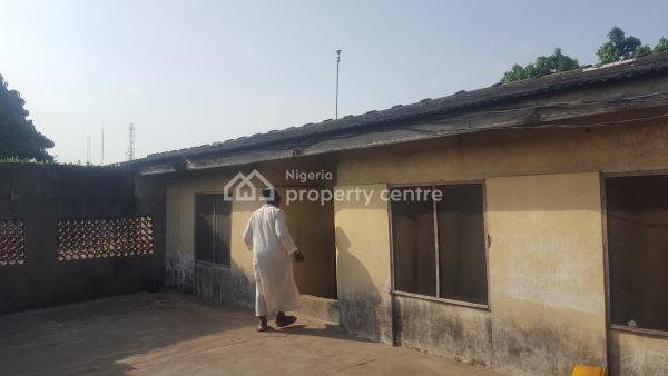 3 Bedroom Bungalow, Taju Thompson Obele Oniwala, Ogunlana, Surulere, Lagos, Detached Bungalow for Sale