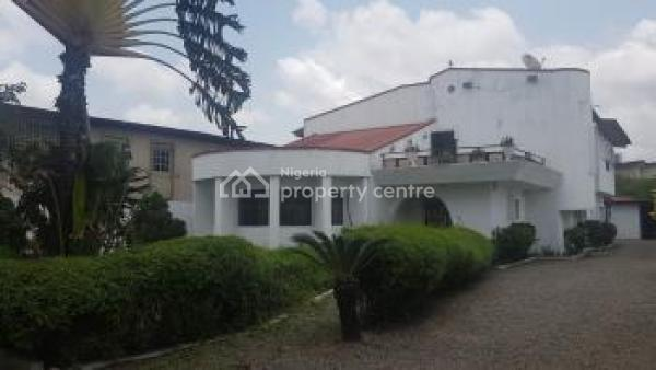 5 Bedroom Fully Detached House with 3 Room Service Quarters on Large Grounds, Ijeshatedo, Surulere, Lagos, Detached Duplex for Rent