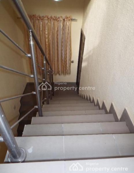 Exquisitely Built 2 Bedroom Flat with Topnotch Facilities, Opebi, Ikeja, Lagos, Flat Short Let