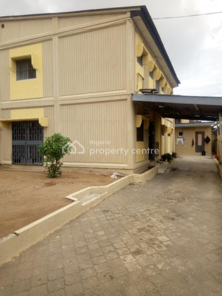 a Four 4 Bedroom Semi Detached Duplex / House with Two 2 Room Bq in Dolphin Estate Ikoyi Axis. Rent:#4.5m, Off Isale Eko, Dolphin Estate, Ikoyi, Lagos, Semi-detached Duplex for Rent