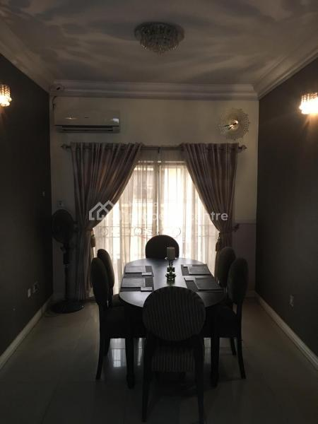 For Sale: 4 Bedroom Flat , Lekki Phase 1, Lekki, Lagos | 4 ...