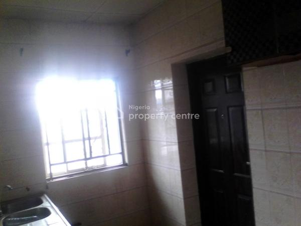 Standard 3bedrooms Flat in Morgan Estate,ojodu, Morgan, Morgan Estate, Ojodu, Lagos, Flat for Rent