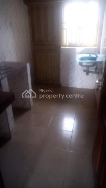 For Sale: 2 Flats With 3 Bedrooms Each, Ido, Oyo | 6 Beds, 6