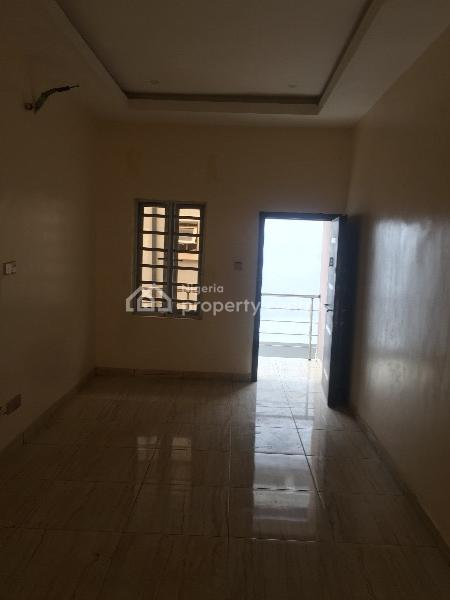 Spacious Self Service Lovely 5bedroom Detached Duplex with Bq, Fitted Kitchen and Jacuzzi, Bakare Estate, Agungi, Lekki, Lagos, Detached Duplex for Rent