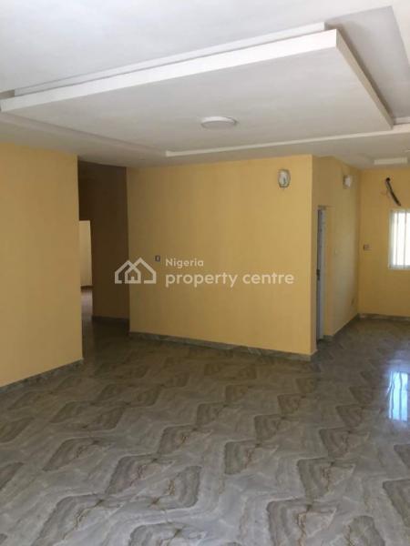Flats, Alpha Bay Estate, Lekki Phase 2, Lekki, Lagos, Flat for Rent