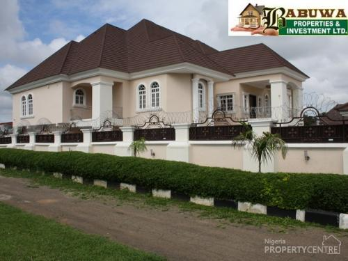 ... Massive 7 Bedroom Duplex, Two Sitting Rooms With 2 Bedroom Guest Chalet  And 2 Rooms ...