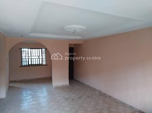 Spacious 3 Bedroom Flat with 4 Toilets, Off Lagos Street, 2/1 Kubwa. After 2/1 Police Station, Kubwa, Abuja, Semi-detached Bungalow for Rent