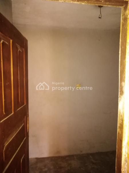Luxury 3 Bedroom Flat with Necessary Facilities, Off Isawo Road, Ojokoro Road Agric Owutu, Agric, Ikorodu, Lagos, Flat for Rent