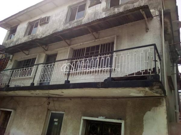 for Sale: 4 Units 3 Bedroom in Lawanson, Surulere., Lawanson, Surulere, Lagos, Block of Flats for Sale