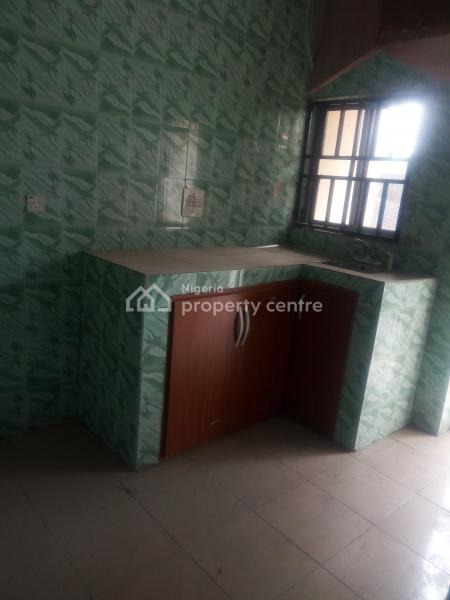 Luxury Newly Renovated Specious 2 Bedroom Flat, Luxury Newly Renovated Specious 2 Bedroom Flat in a Calm and Secured Neighbourhood, Rukpokwu, Port Harcourt, Rivers, Flat for Rent
