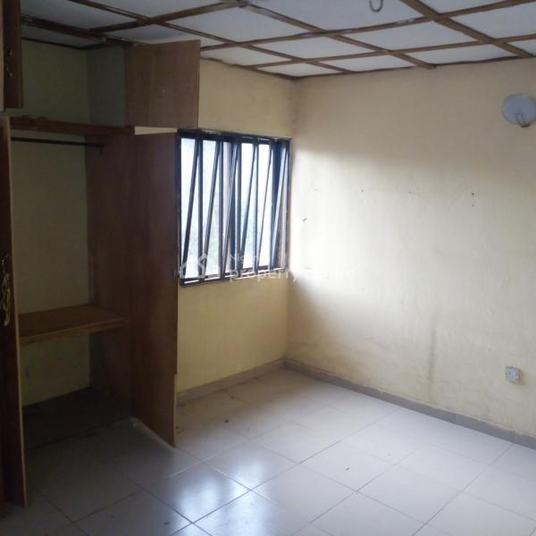 I Bedroom Apartment For Rent: For Rent: A Spacious 2 Bedroom Apartment, Wuye, Abuja