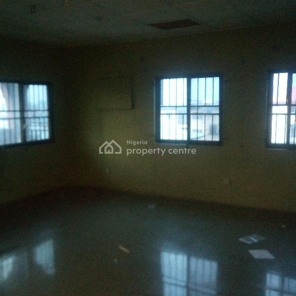 For Rent: A Lovely And Spacious 3 Bedroom Pent House