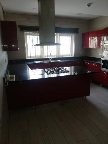 an Exquisitely, Luxurious, Well Finished  and Serviced 4 Bedroom Terrace Duplex and 2 Room Servant Quarters, Lekki Phase 1, Lekki, Lagos, Terraced Duplex for Rent