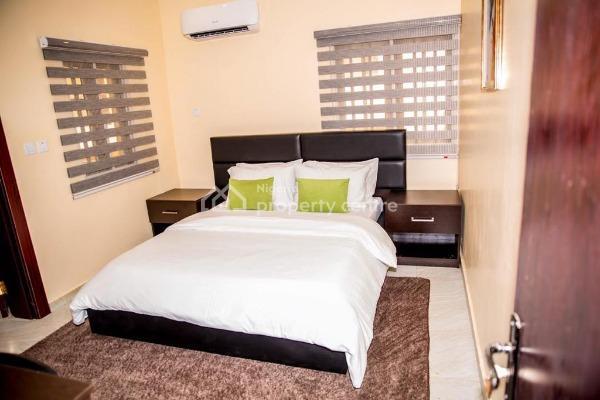 Flat, 11, Oke-agbe Street Off Ladoke Akintola Boulevard (old Cbn), Garki, Abuja, Mini Flat Short Let