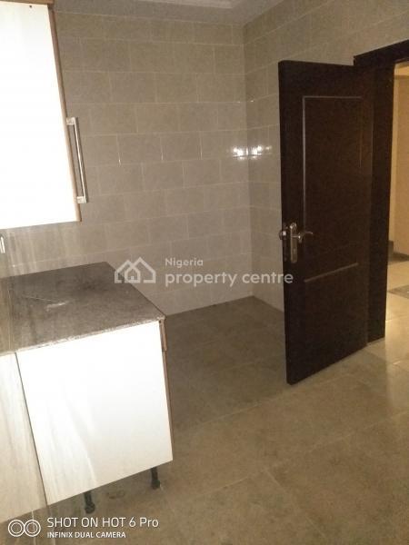 Massive 5 Bedroom Duplex  with 2 Sitting Rooms, Ilaje, Ajah, Lagos, Semi-detached Duplex for Rent